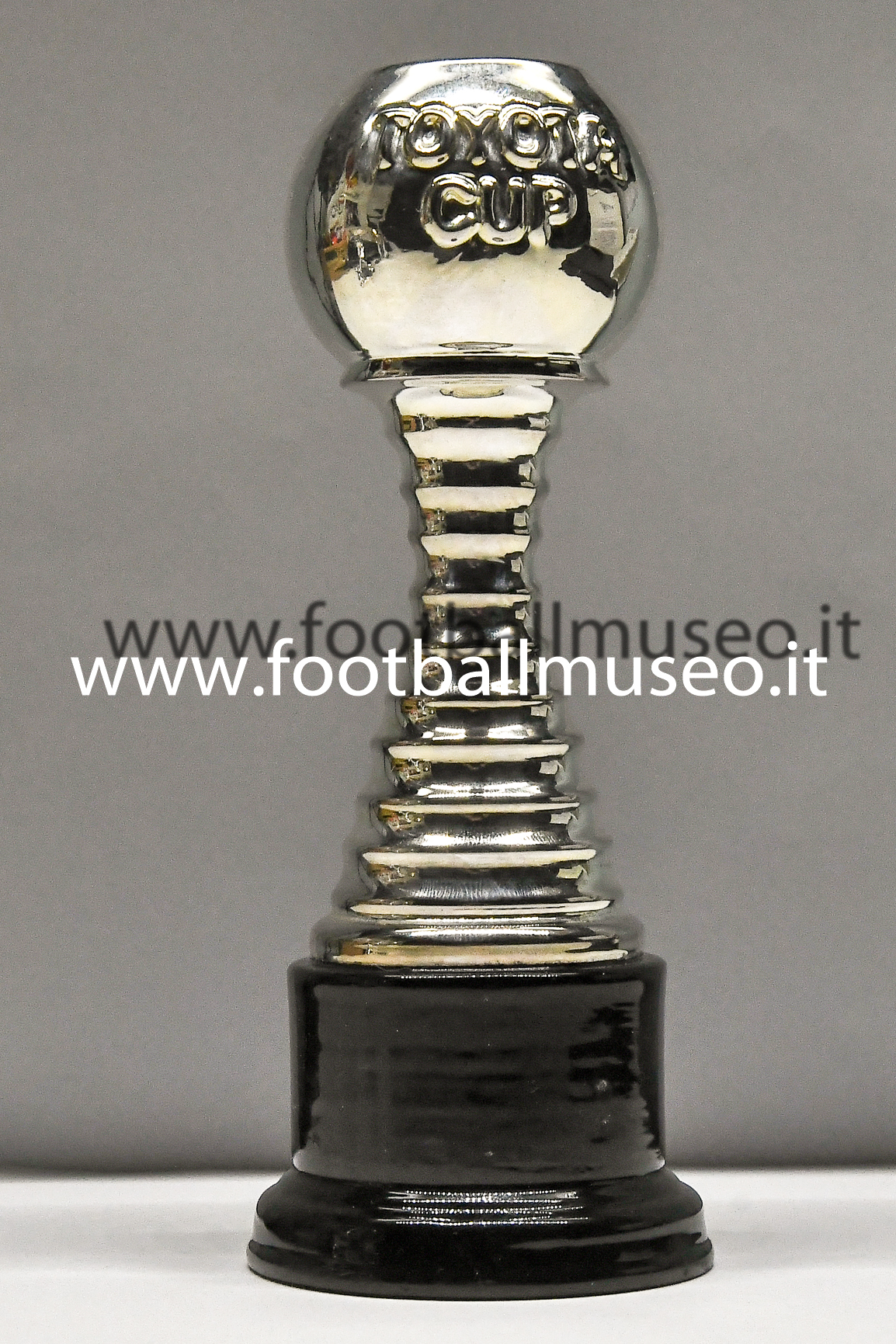TOYOTA CUP TROPHY 1:3
